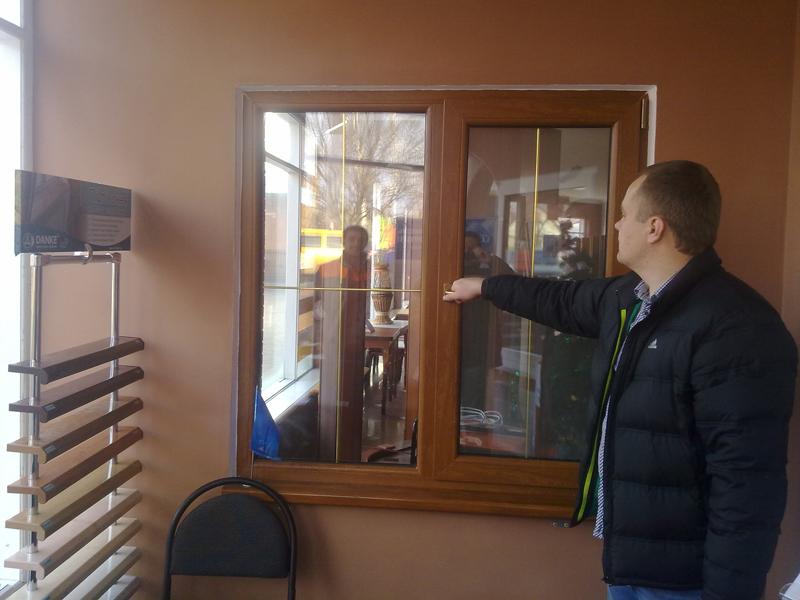 Демонстрационное окно Premium (Veka SoftLine AD70), цвет: золотой дуб